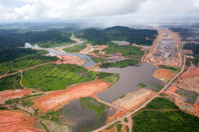 Greenpeace Brazil use a light aircraft to investigate deforestation from logging and the Belo Monte Hydroelectric dam.